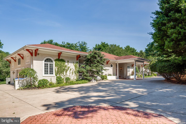 Single Family Homes للـ Sale في Cherry Hill, New Jersey 08003 United States