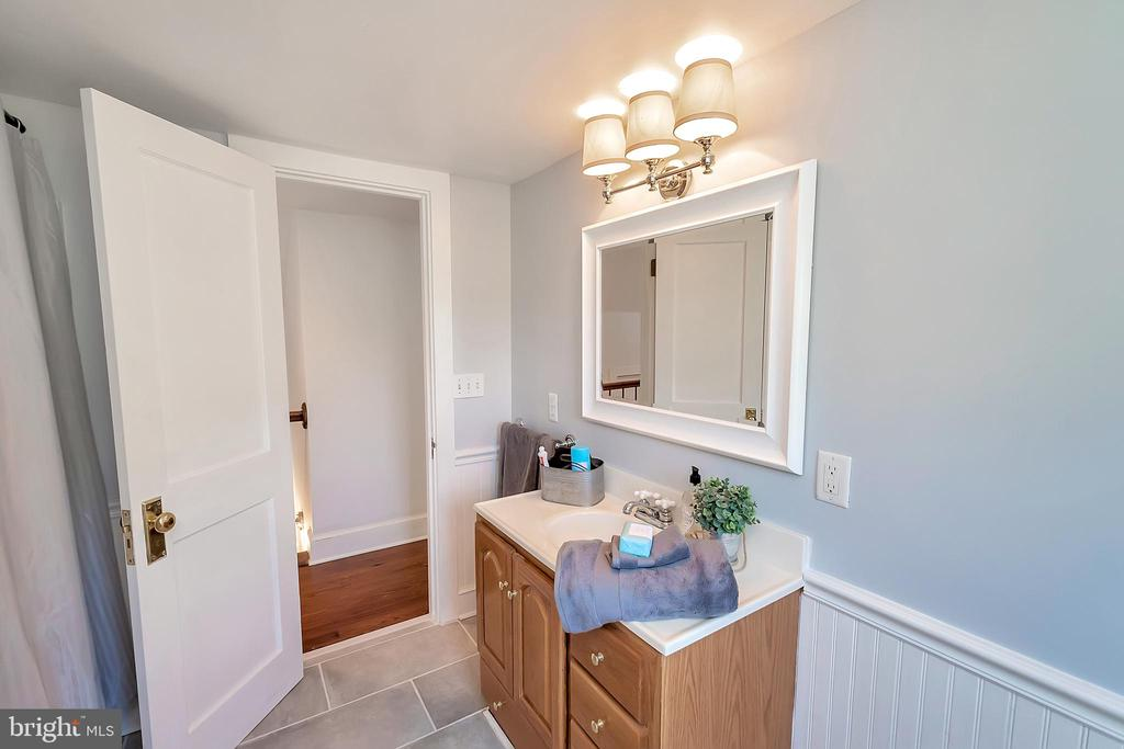 Master Bath - 7088 LOUISIANNA RD, LOCUST GROVE