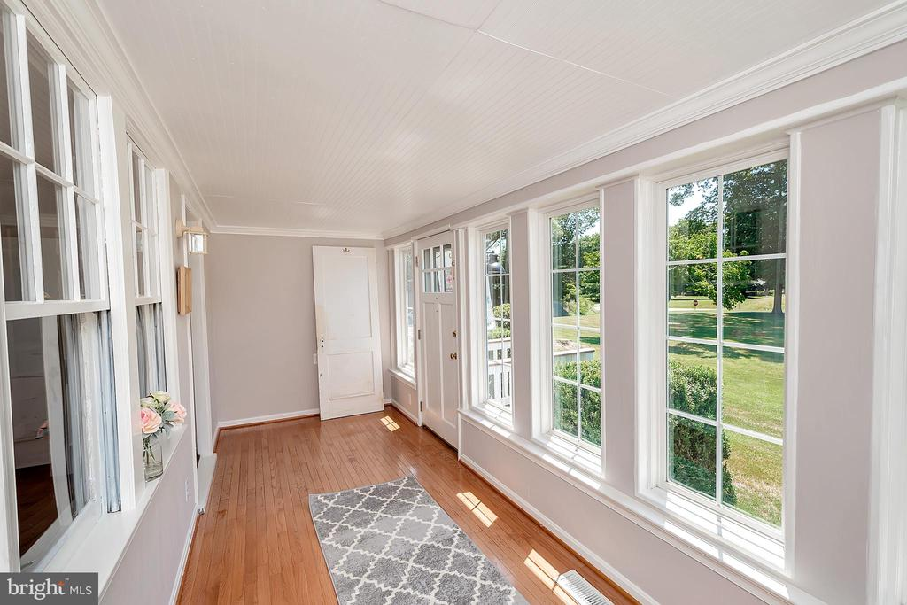Sunroom 2 - 7088 LOUISIANNA RD, LOCUST GROVE