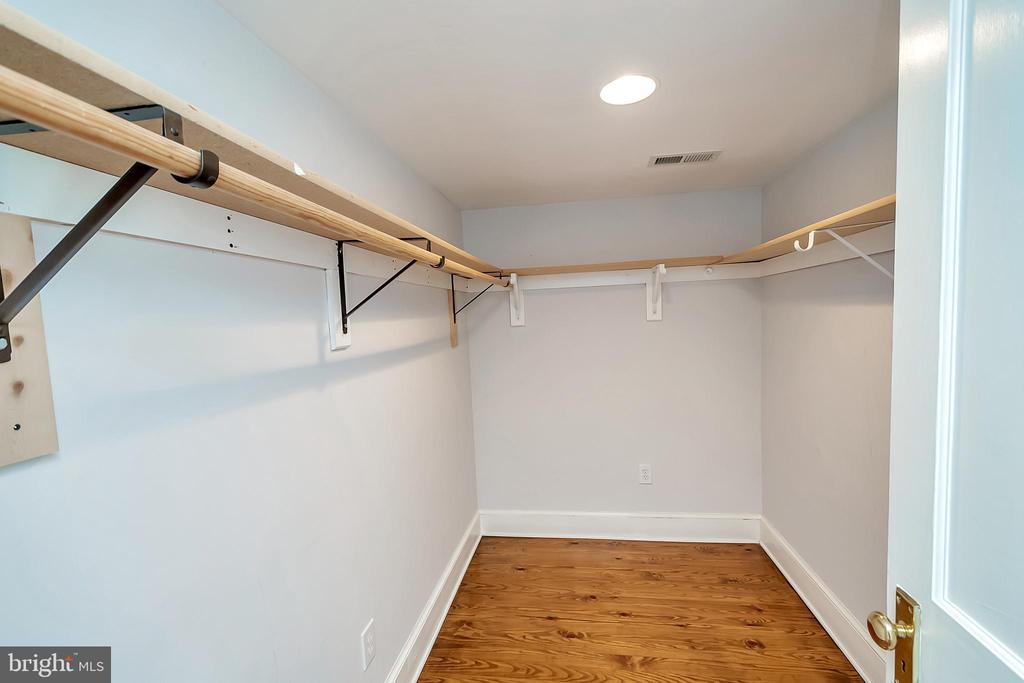 Walk in Closet! - 7088 LOUISIANNA RD, LOCUST GROVE