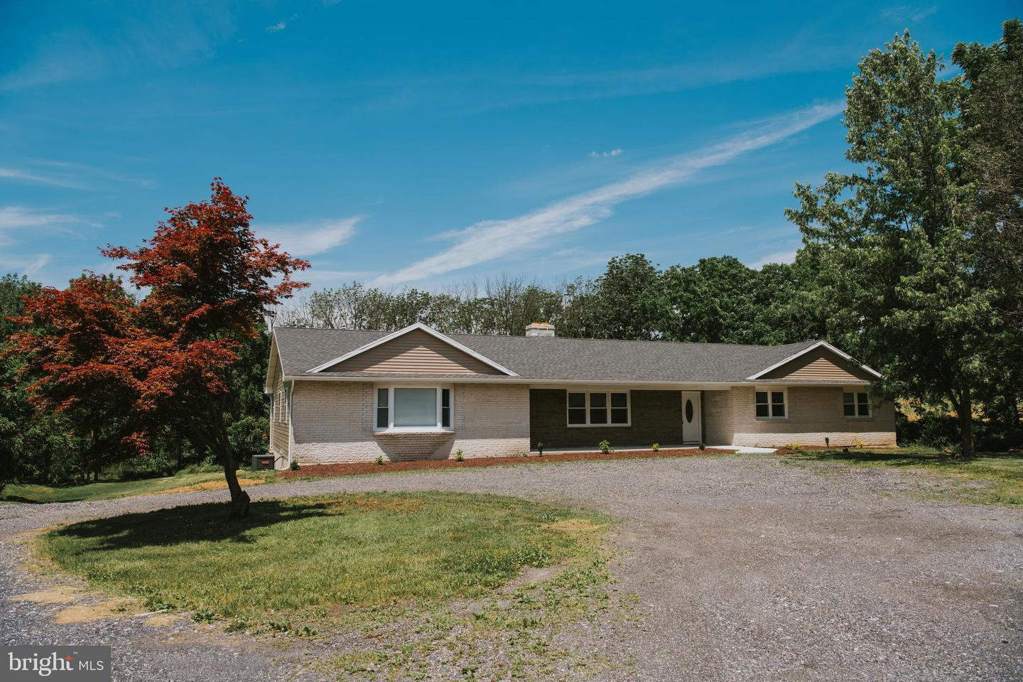 Single Family Homes for Sale at Walnutport, Pennsylvania 18088 United States