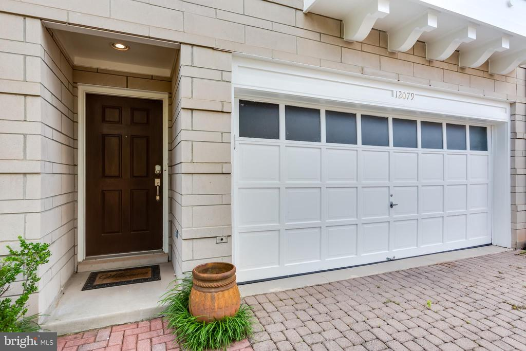 Large two-car garage w/ electric vehicle plug-in! - 12079 KINSLEY PL, RESTON