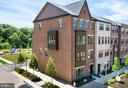 - 20754 WOOD QUAY DR, STERLING