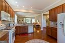 Kitchen - 15233 BRIER CREEK DR, HAYMARKET
