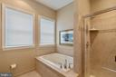 Master Bathroom Soaking Tub - 15233 BRIER CREEK DR, HAYMARKET