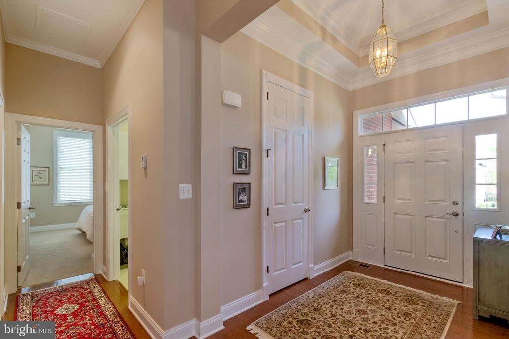 Entrance Foyer - 15233 BRIER CREEK DR, HAYMARKET