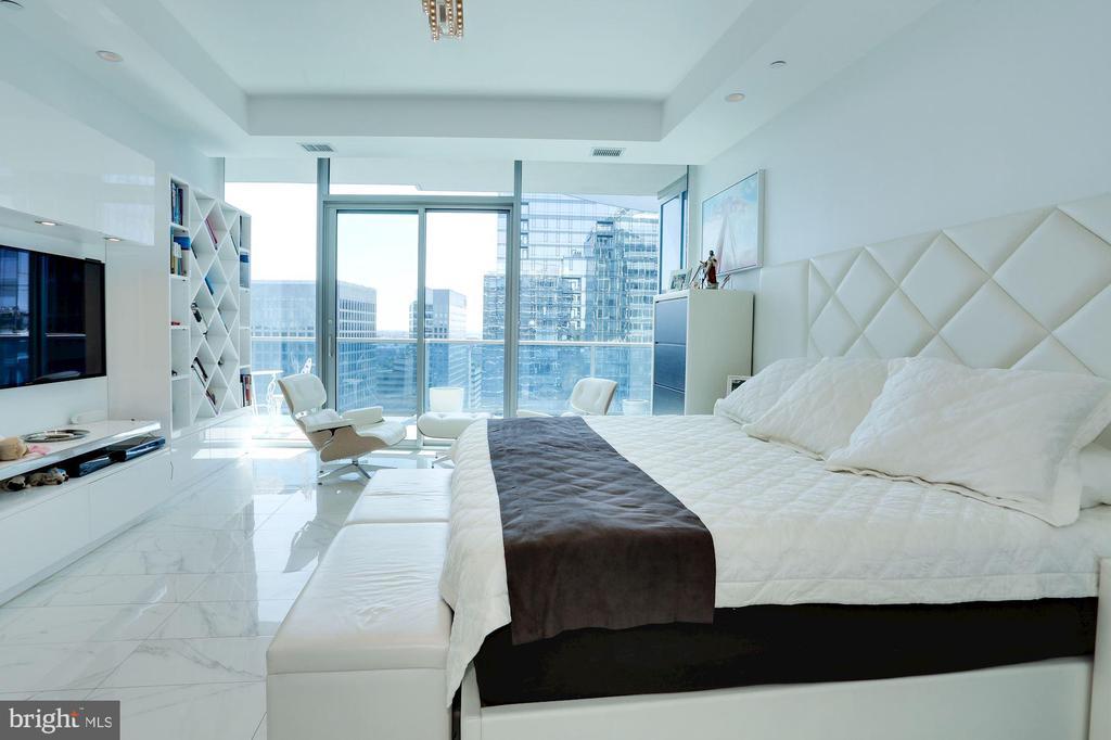 Master Bedroom - 1881 N NASH ST #2009, ARLINGTON