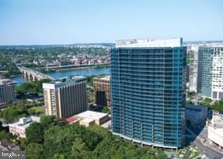 Turnberry Tower in Rosslyn - 1881 N NASH ST #2009, ARLINGTON