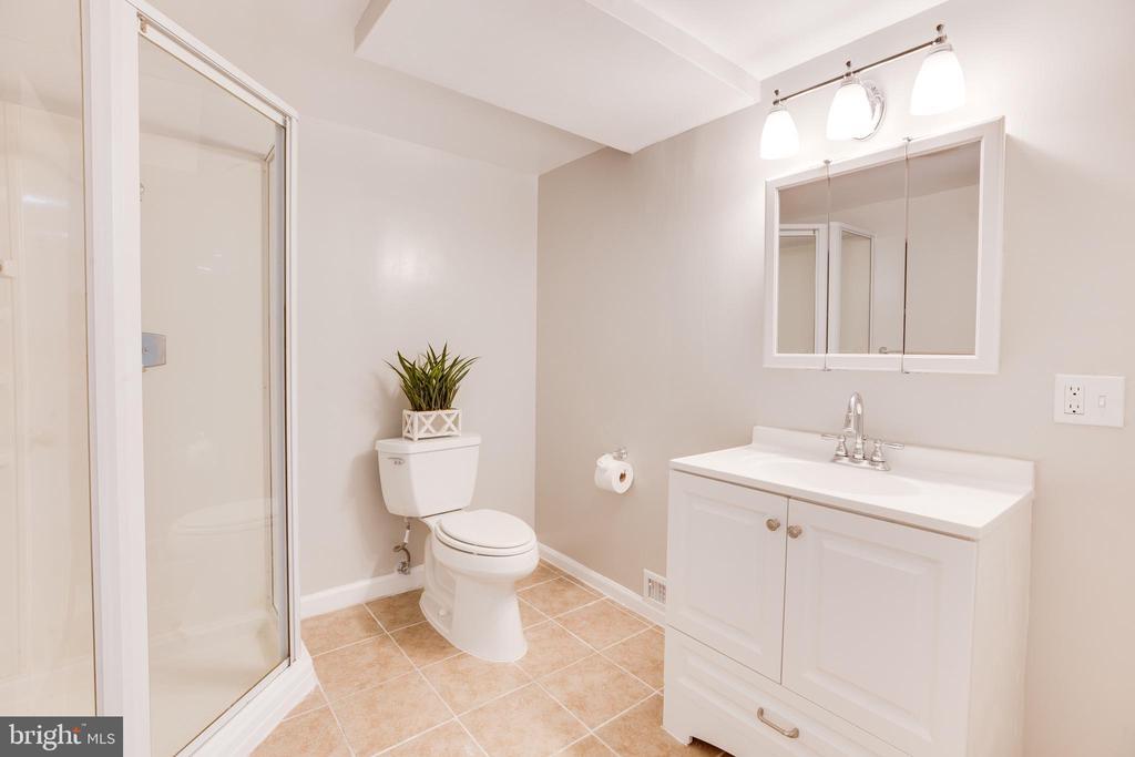 Bathroom #3 - 5202 CEDAR RD, ALEXANDRIA