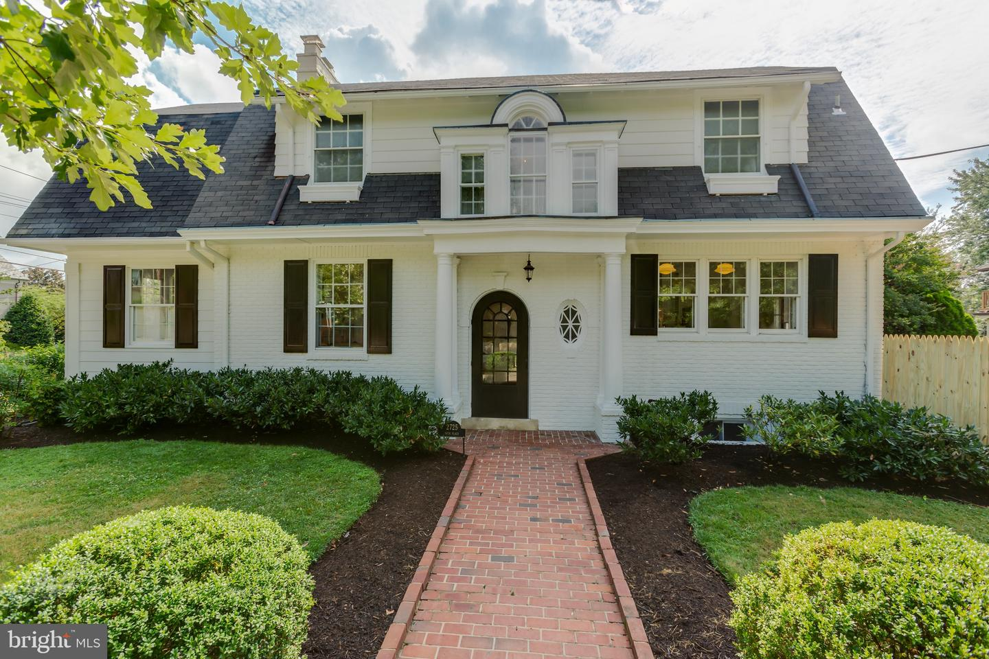 Single Family for Sale at 2725 36th Pl NW 2725 36th Pl NW Washington, District Of Columbia 20007 United States