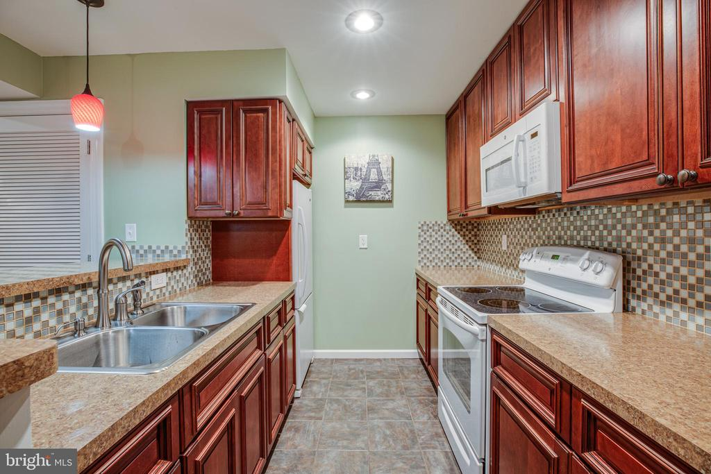 Basement kitchen - 12401 TOWER RD, UNIONVILLE