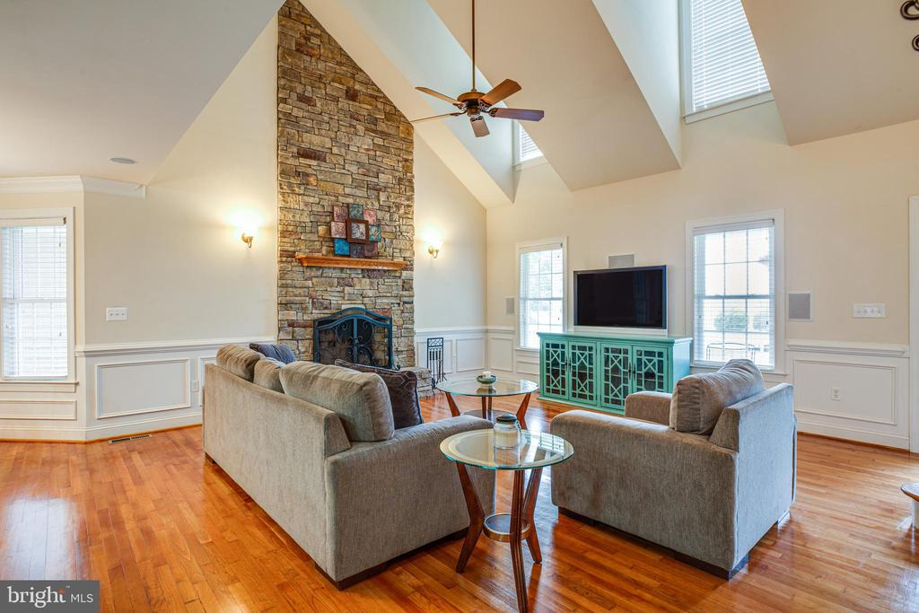 Family Room - 12401 TOWER RD, UNIONVILLE