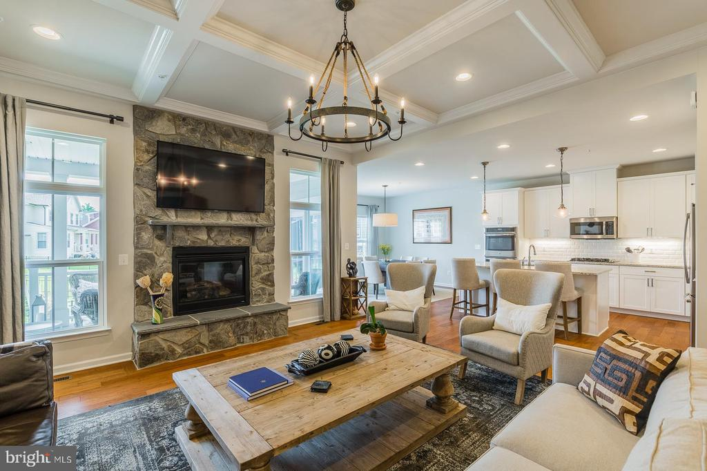 So, so beautiful - every square inch of this home - 17462 SPRING CRESS DR, DUMFRIES