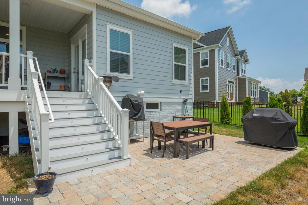 There is a patio as well - 17462 SPRING CRESS DR, DUMFRIES