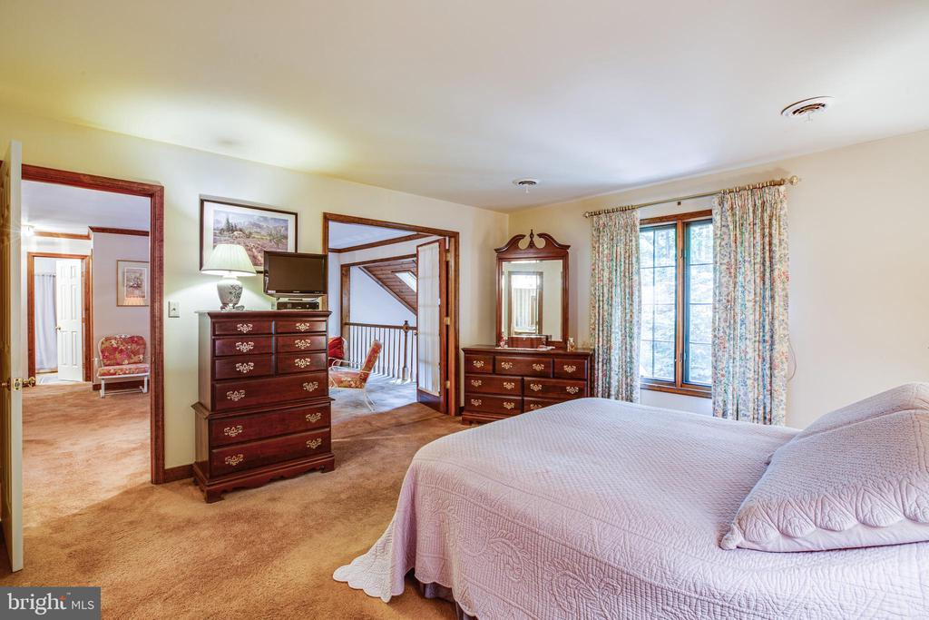Master bedroom w/french doors to the sitting area - 9708 COURTHOUSE RD, SPOTSYLVANIA