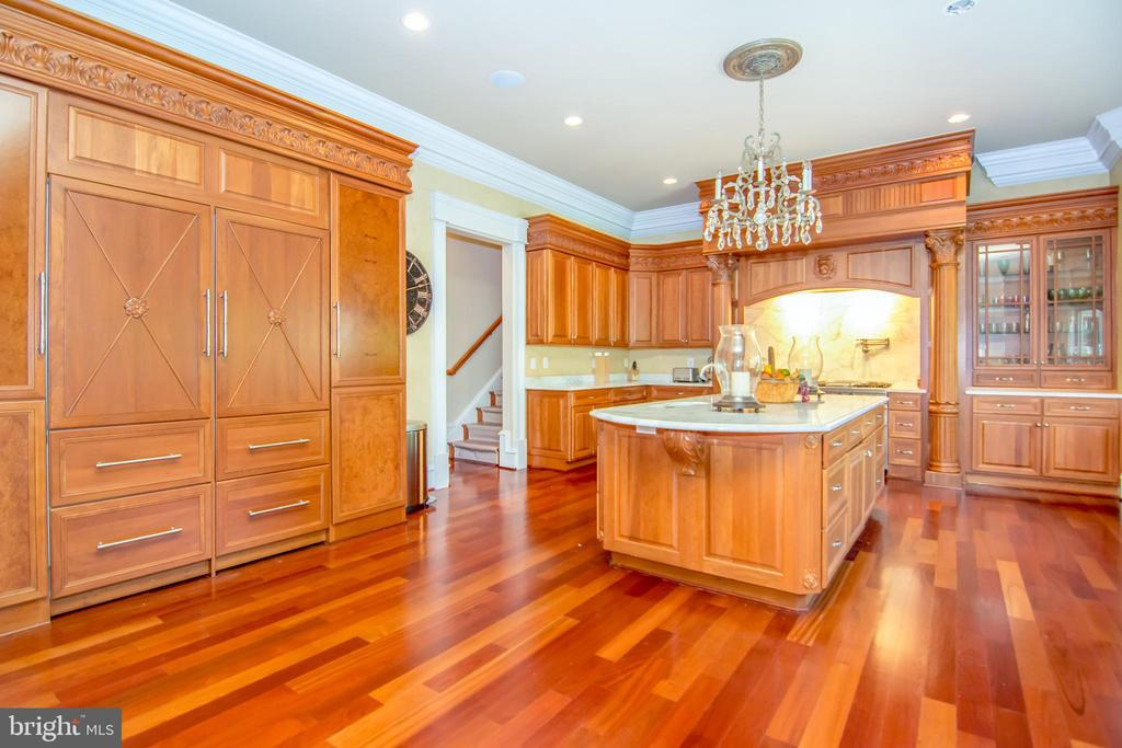 Kitchen - 529 SPRINGVALE RD, GREAT FALLS