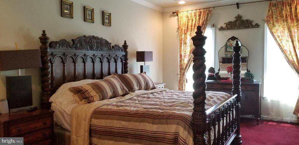 Bedroom 1 - 43572 WARDEN DR, STERLING
