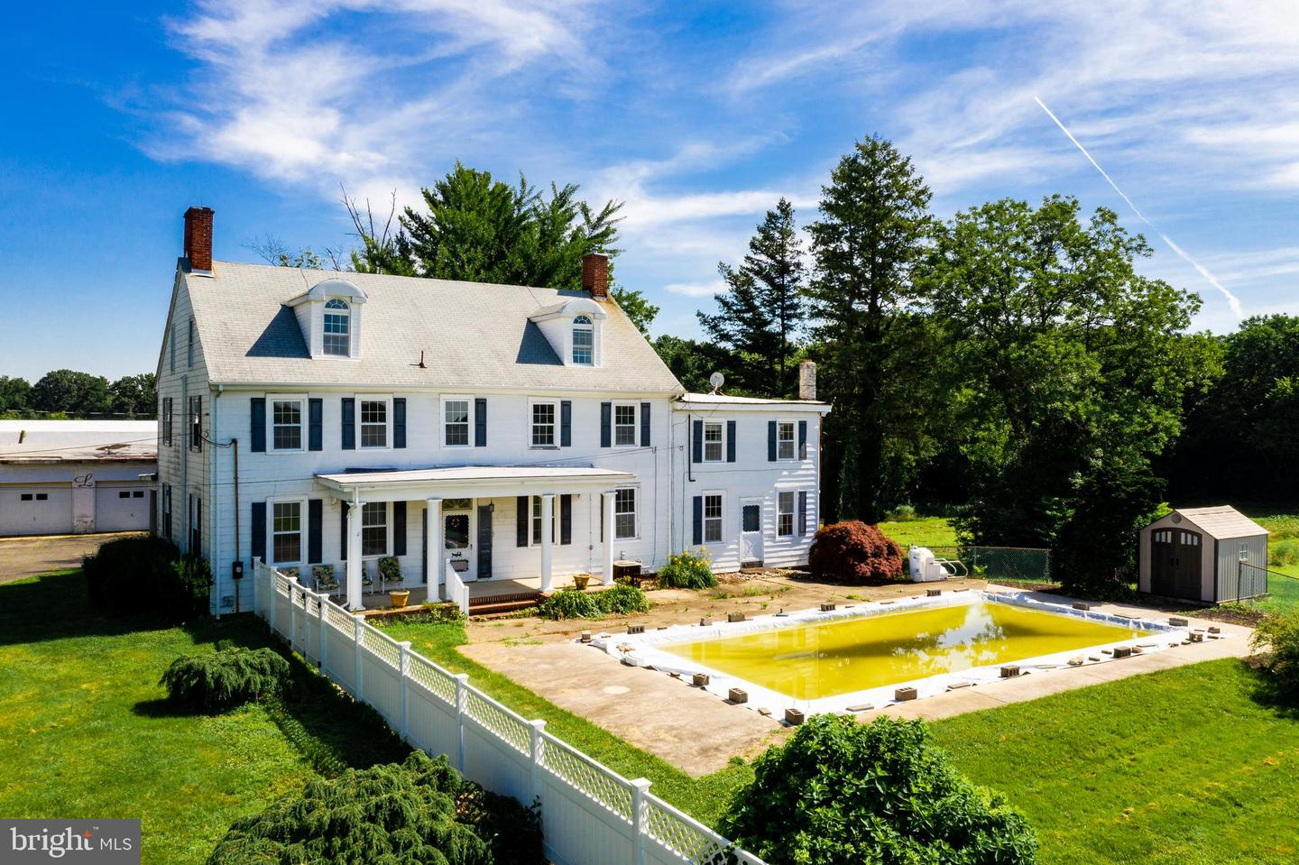 Additional photo for property listing at  Cream Ridge, New Jersey 08514 États-Unis