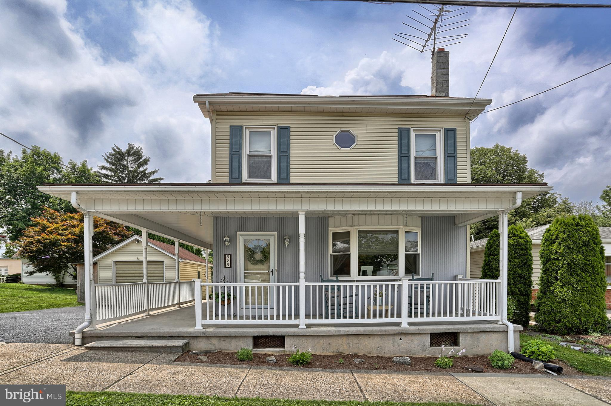 Bring your Rocking Chairs! Great Covered Porch!