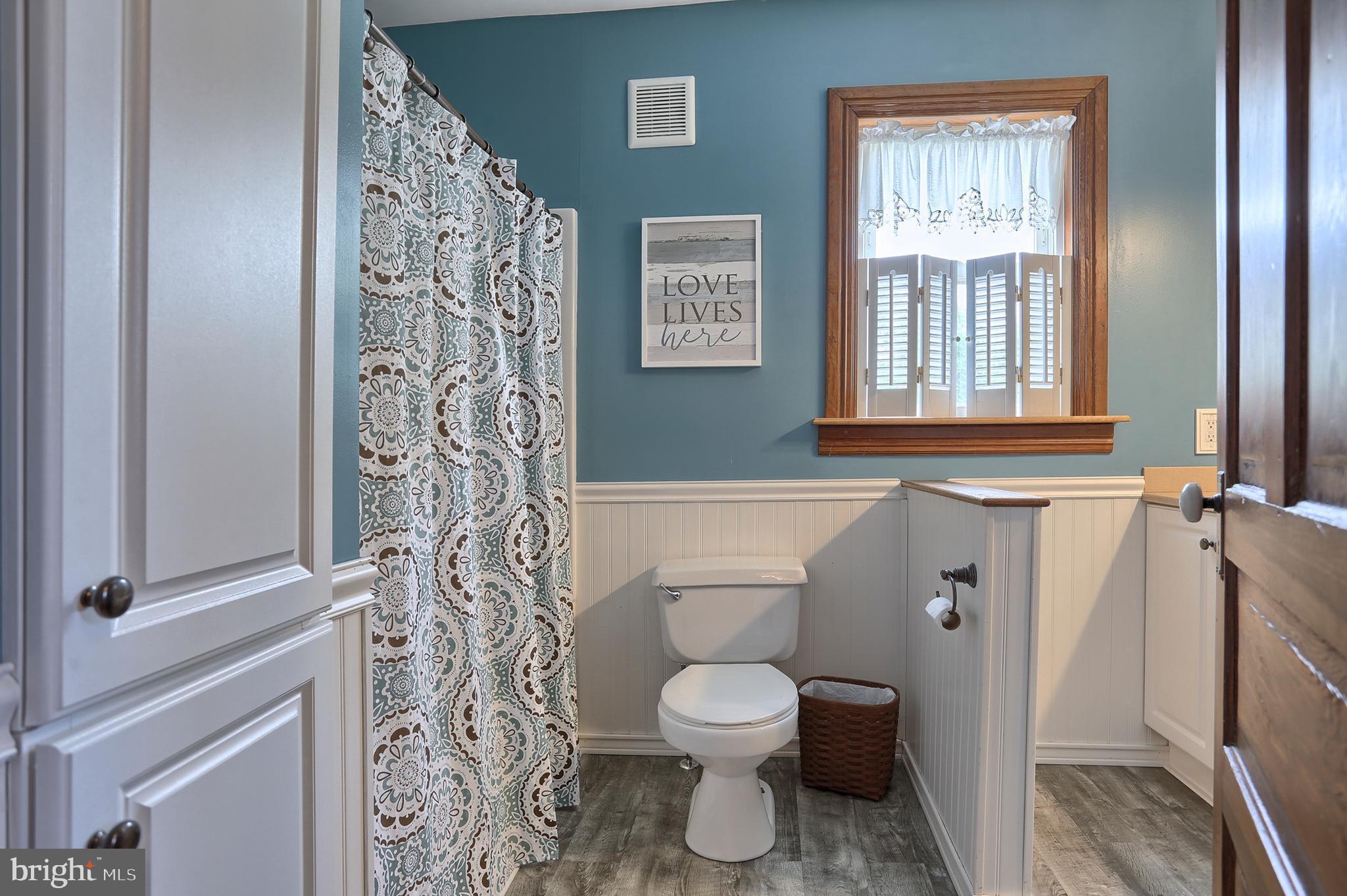 Remodeled Full Bathroom