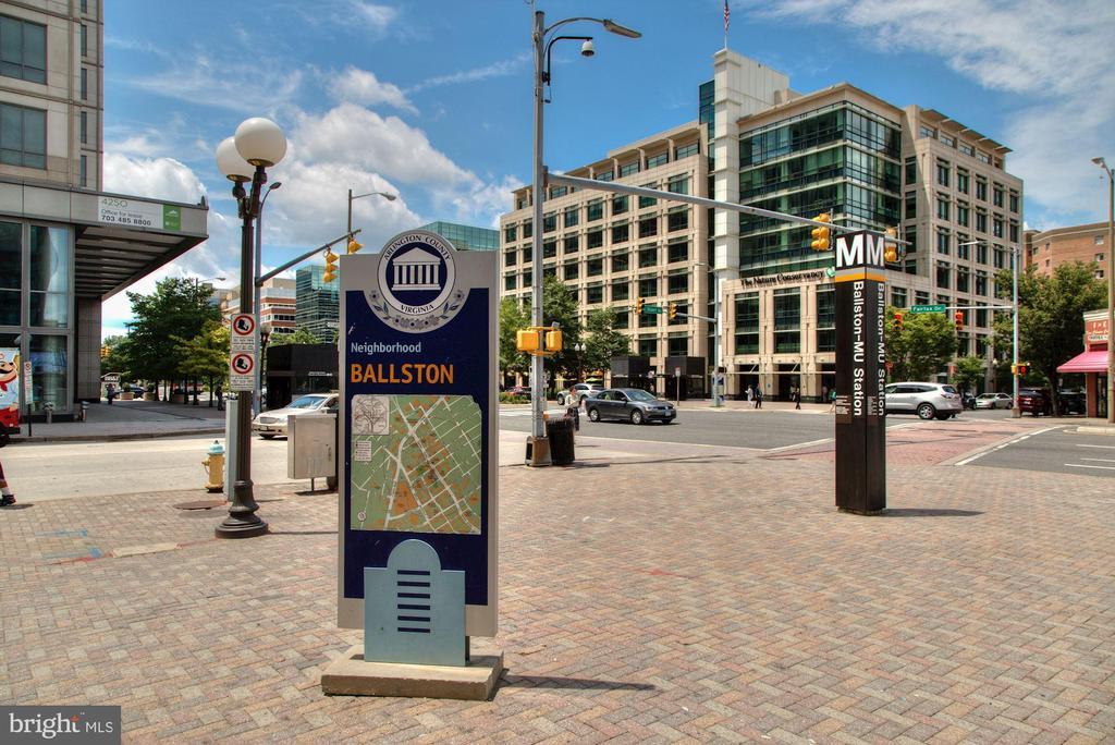 Metro - 806 N WAKEFIELD ST, ARLINGTON
