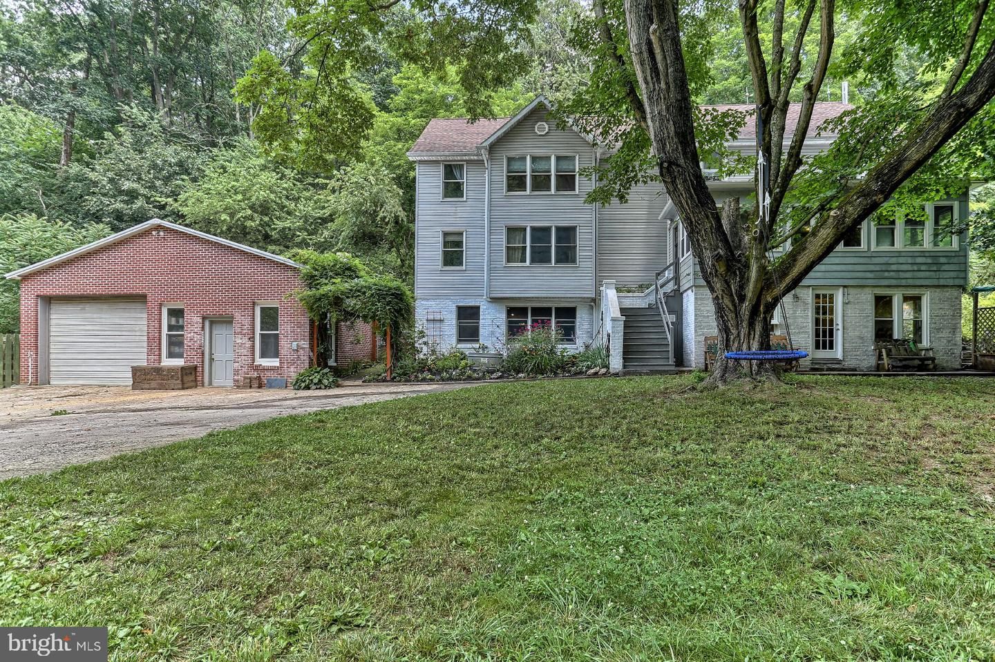 Single Family Homes for Sale at Glen Rock, Pennsylvania 17327 United States