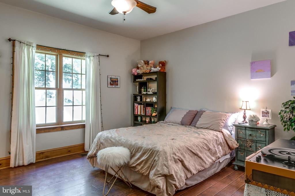 Bedroom - 39505 STONESTREET FARM LN, ALDIE