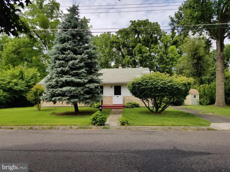 Single Family Homes para Venda às Wrightstown, Nova Jersey 08562 Estados Unidos