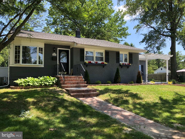 Single Family Homes для того Продажа на Somerdale, Нью-Джерси 08083 Соединенные Штаты