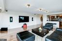 Corner unit with amazing natural light - 1300 ARMY NAVY DR #922, ARLINGTON