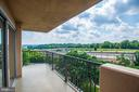Balcony views - 1300 ARMY NAVY DR #922, ARLINGTON