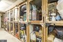 Extra storage conveys - 1300 ARMY NAVY DR #922, ARLINGTON