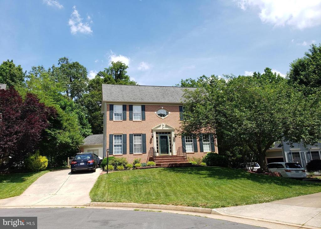 Exterior - 46871 REDFOX CT, STERLING