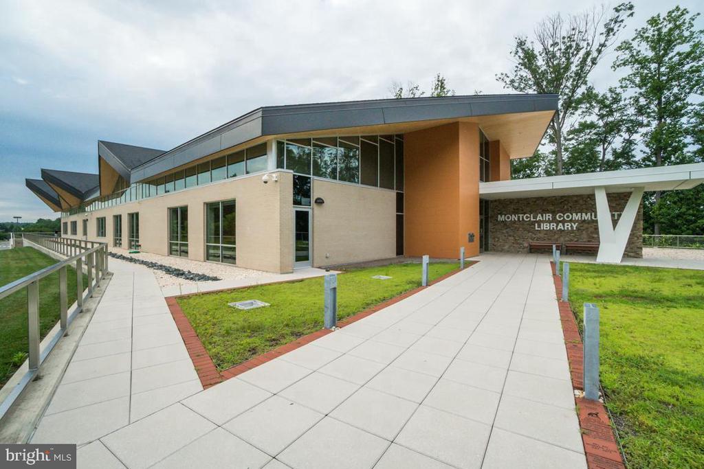 Montclair Community Library-Main Entrance - 5075 HIGGINS DR, DUMFRIES
