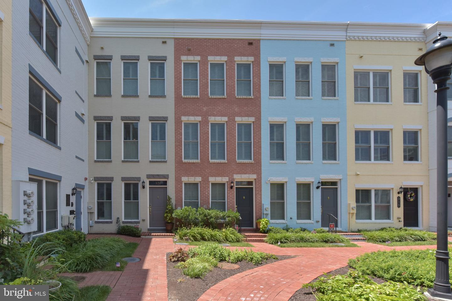 Single Family for Sale at 319 L St SE 319 L St SE Washington, District Of Columbia 20003 United States