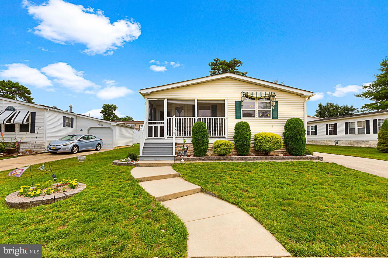 Single Family Homes для того Продажа на Whiting, Нью-Джерси 08759 Соединенные Штаты