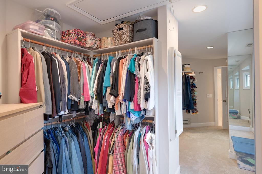 Walk in closet - 2108 SAHALEA TER, SILVER SPRING