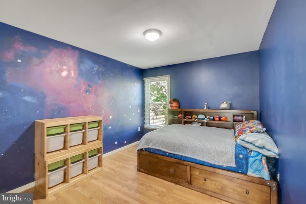 Bedroom 2 - 46796 FAIRGROVE SQ, STERLING