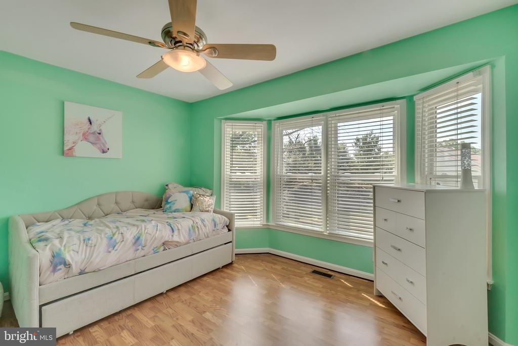 Bedroom 3 - 46796 FAIRGROVE SQ, STERLING
