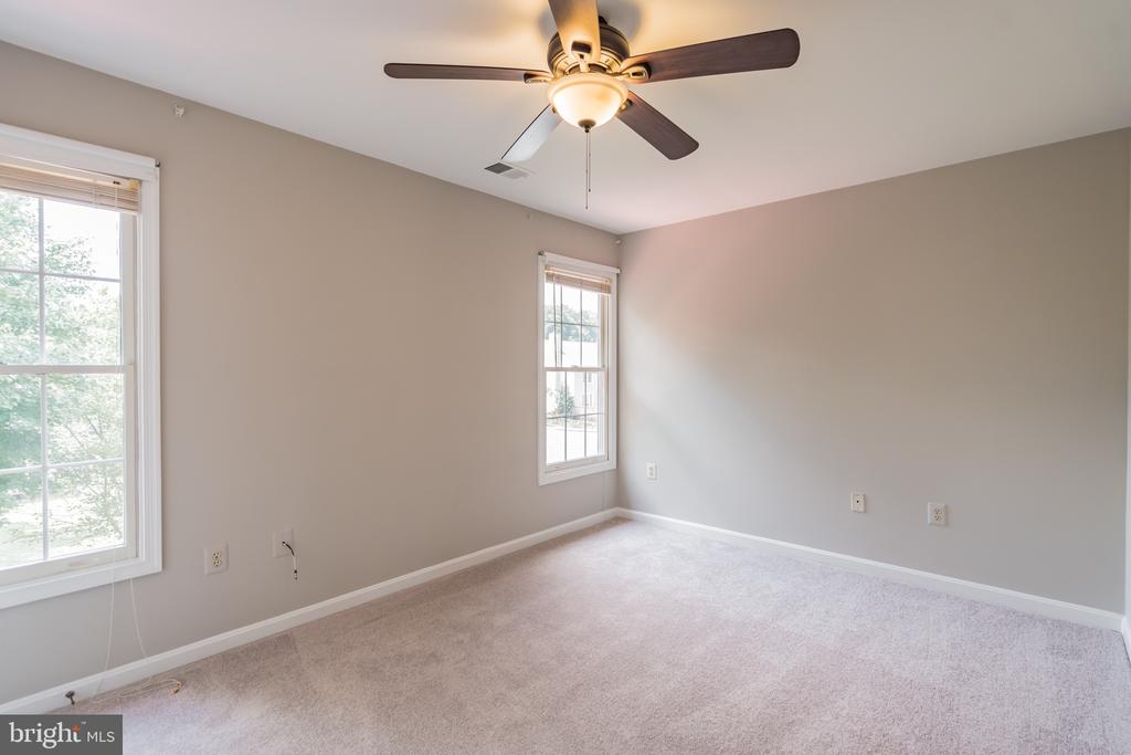 FOURTH BEDROOM. CEILING FANS IN EACH BR. - 1 WREN WAY CT, STAFFORD