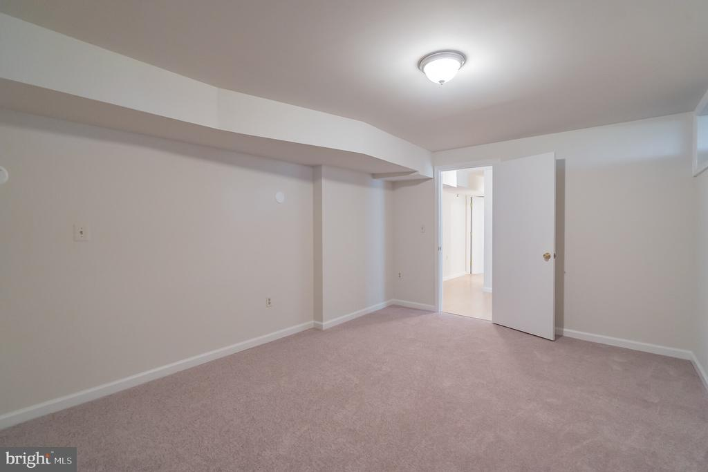SECOND ROOM CLOSE TO WALK UPSTAIRS. 5TH BR (NTC) - 1 WREN WAY CT, STAFFORD