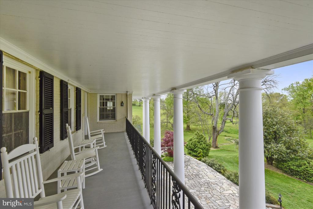 Upper Level Balcony - 22282 CATESBY FARM LN, MIDDLEBURG