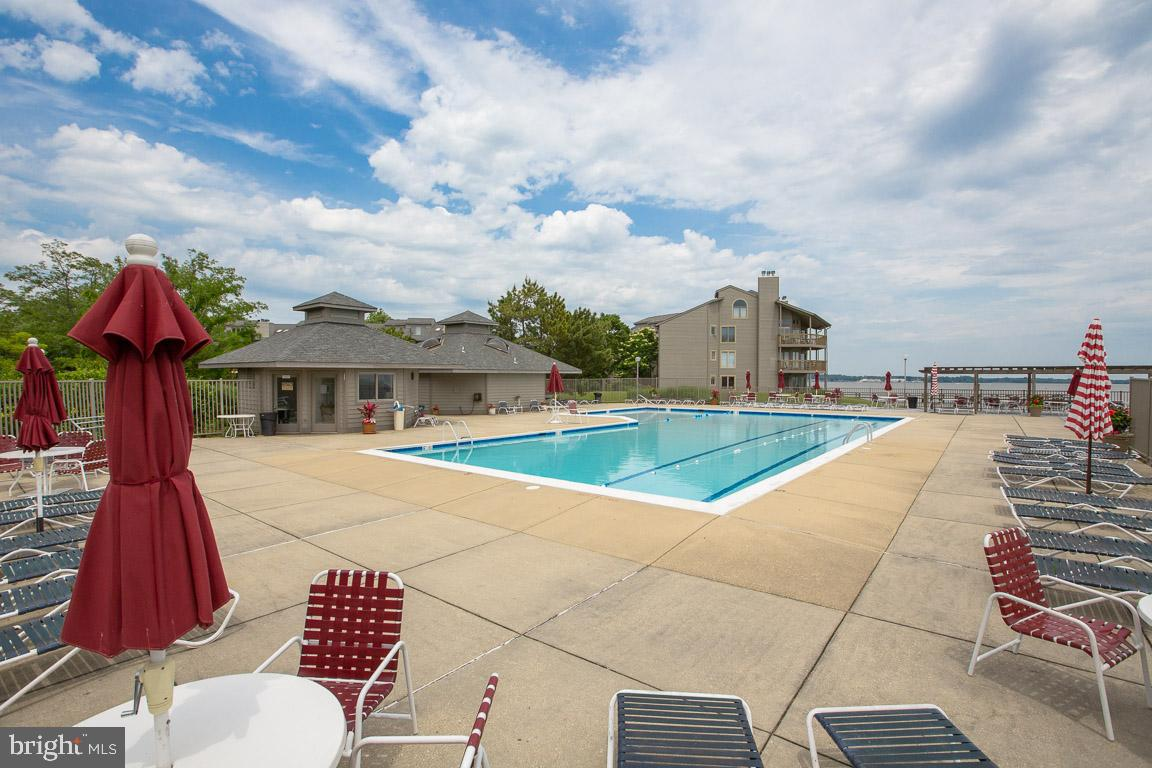 Additional photo for property listing at 7031 E Chesapeake Harbour Dr #15b Annapolis, Maryland 21403 United States
