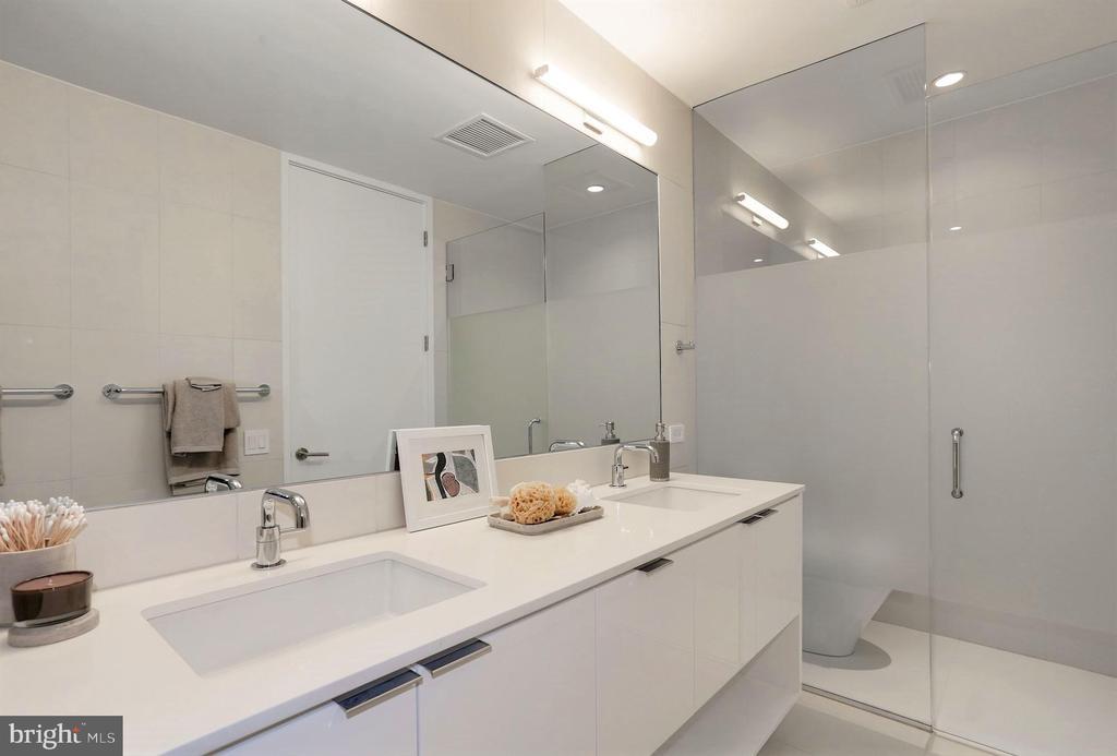 Master Bathroom - 1111 24TH ST NW #51, WASHINGTON