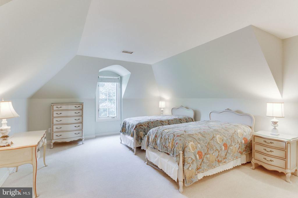 Bedroom 2 - 3111 WINDSONG DR, OAKTON