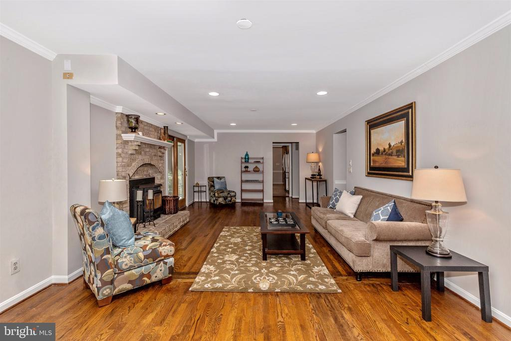 Family Room - 14508 TRIPLE CROWN PL, NORTH POTOMAC