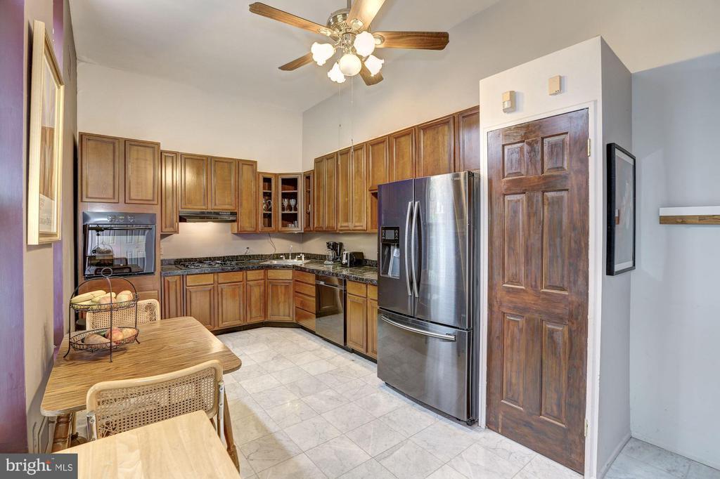Unit 1 -  Kitchen - 421 T ST NW, WASHINGTON