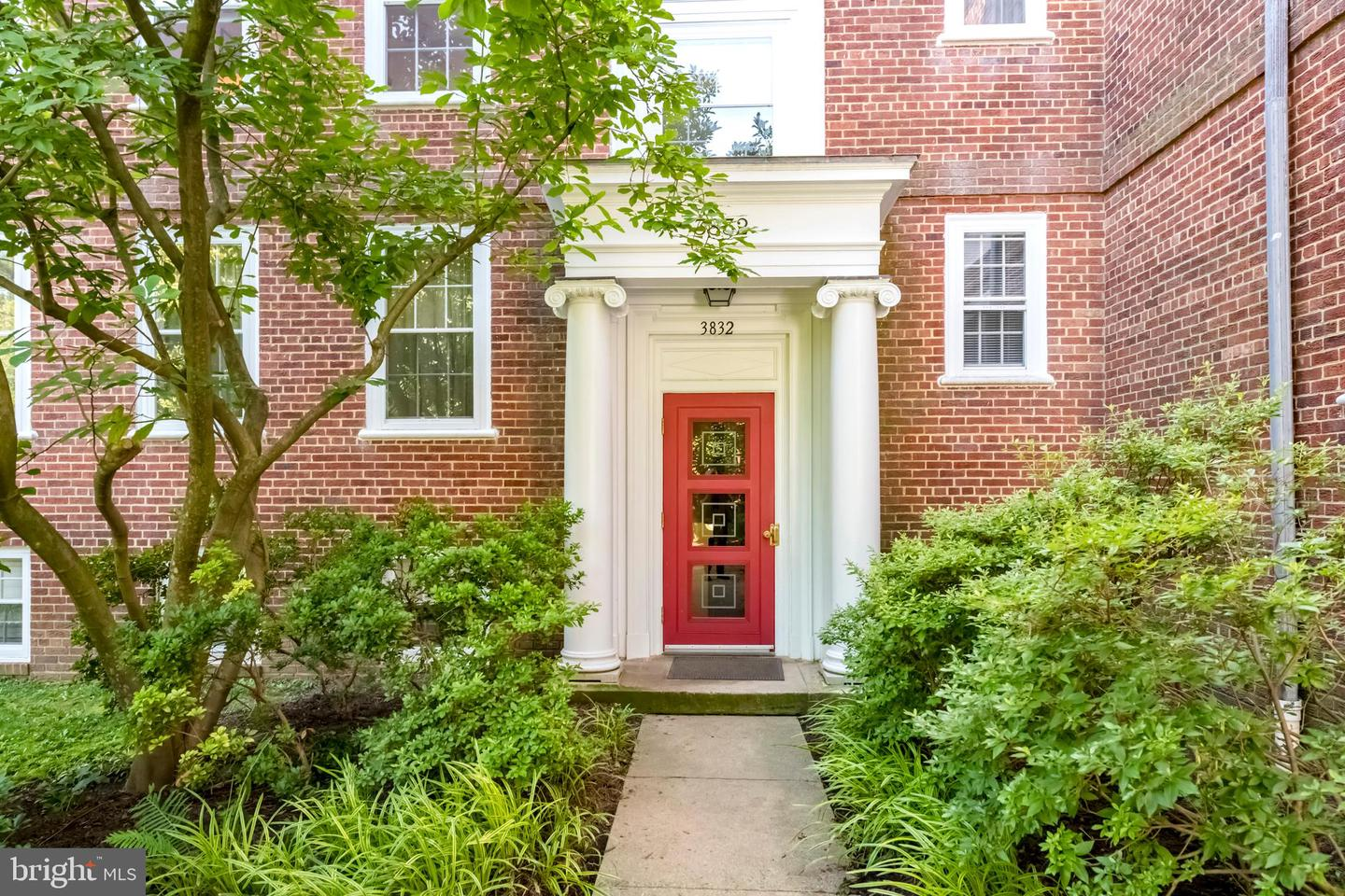 Single Family for Sale at 3832 Porter St NW #e389 3832 Porter St NW #e389 Washington, District Of Columbia 20016 United States
