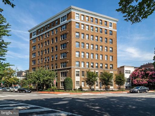1621 T ST NW #204