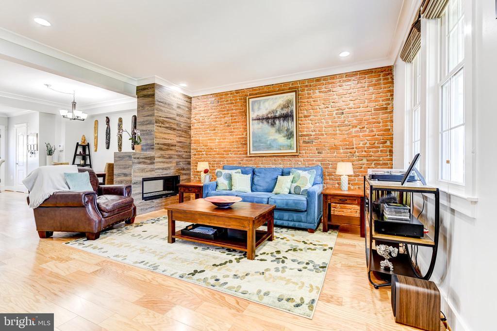 Gorgeous Exposed Brick - 1215 INGRAHAM ST NW, WASHINGTON